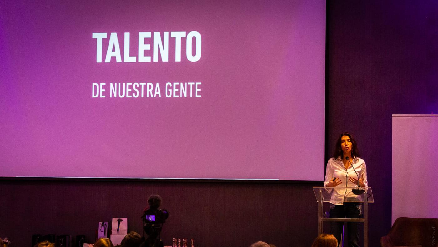 http://www.swisschile.cl/wp-content/uploads/2019/06/III_CUMBRE_LIDERAZGO_FEMENINO_Visibles_cl-15.jpg