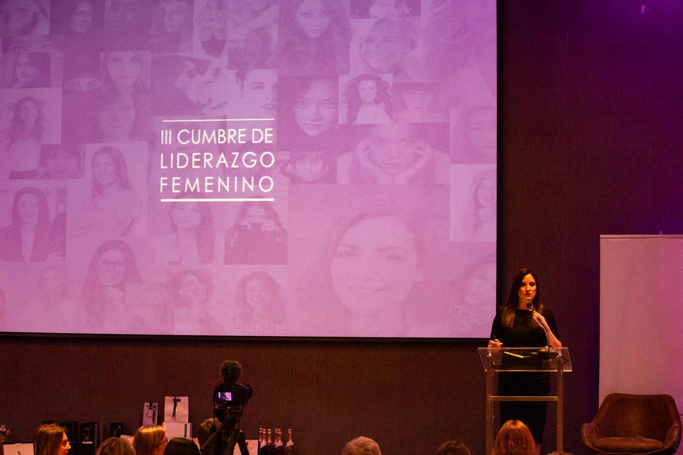 http://www.swisschile.cl/wp-content/uploads/2019/06/III_CUMBRE_LIDERAZGO_FEMENINO_Visibles_cl-24.jpg